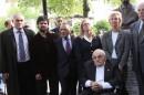 Inauguración del busto Raoul Wallenberg en La Plata.