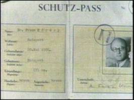 Wallenberg handed out thousands of    protective passports    like    Raoul Wallenberg Passports