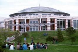 Universidad Sabanci de Estambul.